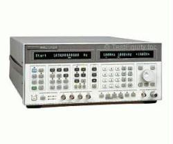 HP/AGILENT 8664A/1/4 SIGNAL GENERATOR, 100 KHZ-3 GHZ, HIGH PERFORMANCE., OPT.1/4